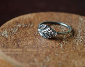 Tree Leaf Nature-inspired Boho Silver Ring // Hand-made Jewelry // Bridesmaid gift