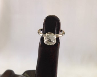 Uncas Sterling Silver Solitaire Ring Size 5