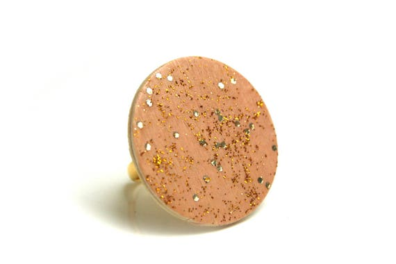 Wooden ring and brass minimalist, beige pink blush nude and gold painted by hand, adjustable waist