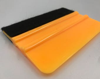 "4"" Plastic Squeegee With Felt Edge • Vinyl Tool • Craft Supplies • Vinyl Supplies • Silhouette & Cricut Machine Tool • Vinyl squeegee"