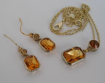 Gold Yellow Topaz Square Round Earrings Necklace Set