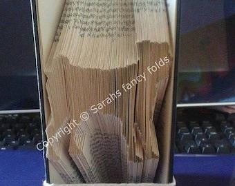 Summer Sale Pug (Dog) - Book Folding Pattern