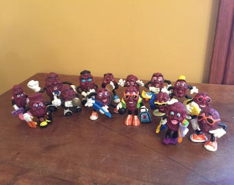 15 Vintage Hardee's California Raisins Figures/Toy California Raisins/Vintage Hardee's Advertising