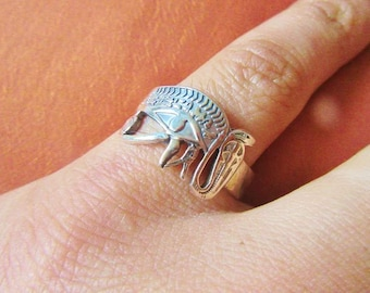 Antique Egyptian Silver Ring Band Adjustable of Ancient EYE OF HORUS Symbol of Protection, Royal Power & Good Health...[Size 9.5]...Satmped