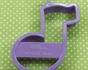 1992 Vintage Wilton Purple Musical Note Cookie Cutter Taiwan