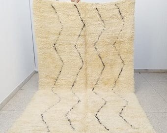 100% Authentic Highest Quality Vintage Beni Ourain Moroccan rug 10'7 x 6'7