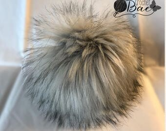 Silver Fox Faux Fur Pompom/ Fake Fur Pompom/ pompoms for hats