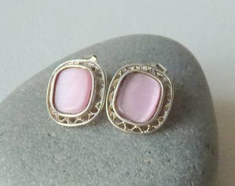 Sterling Silver Pink Filigree Earrings Cats Eye Pink pierced Earrings Small Pink Stud Earrings, 70's Jewelry, Filigree Pink 925Jewelry