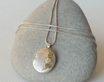 Sterling Silver Locket Necklace Small Floral Engraved Oval Photo Locket Romantic Jewelry, Retro Necklace, Vintage Locket Oval Photo Jewelry
