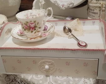 Pink & white tea box soft Shabby chic style
