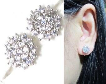 Micropavé Crystal Clip-on earrings 12H cluster rhinestone wedding clip on Bridal stud clip on earrings non pierced earrings wedding clip on