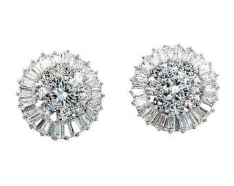 Flashing crystal earrings