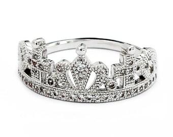 Fashion wild crown ring