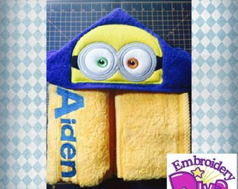 "Personalised Hooded Towel  ""MINIONS"" add name FREE"