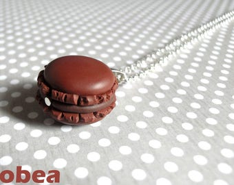 "short ""chocolate macaroon"" necklace"