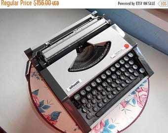 50% SALE Vintage Grey Beautiful Manual Typewriter Olivetti Tropical in good  condition. 1970s.