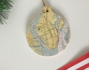 Charleston Peninsula Map Ornament - circle