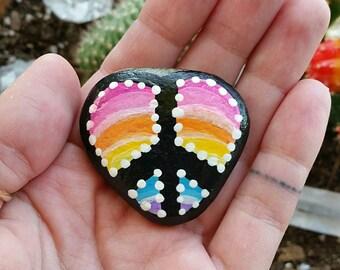 Painted peace sign heart rock•beach rock•acrylic paint•high gloss glaze•bohemian•hippie•gypsy