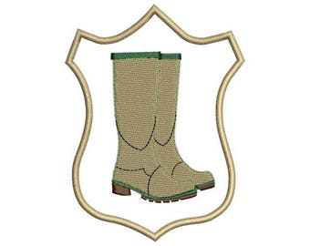 Hunting boots embroidery design