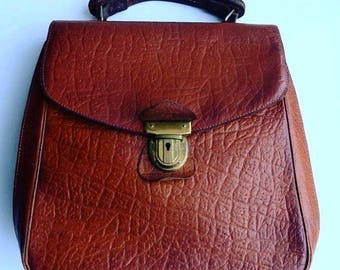 The perfect vintage leather satchel.