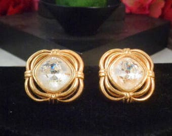 Vintage SWAROVSKI Crystal Popcorn Style Confetti  Earrings that are Pierced and come with New Backs and are Set in 18KT Gold Plate.