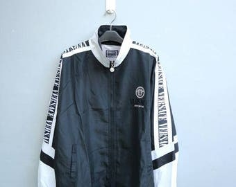 Vintage Versace Jeans couture windbreaker jacket in a good condition. Not hermes channel LV fendi gucci