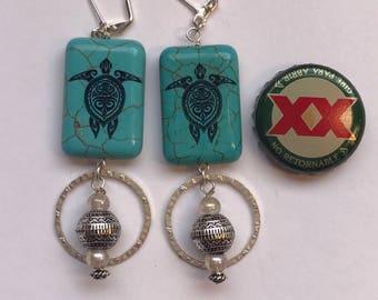 Turquoise Tribal Turtles