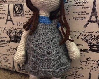 Amigurumi doll with beanie