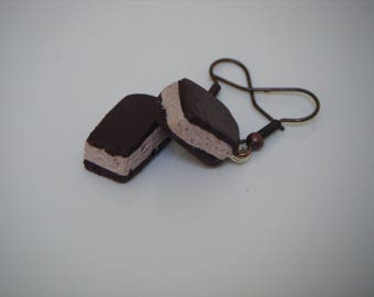 Castella cake earrings