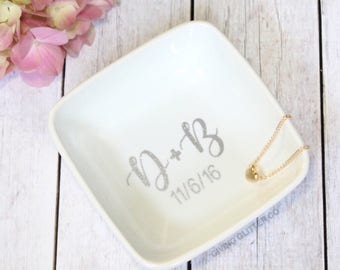 Personalized Ring Dish | Engagement Gift | Bridal Shower Gift | Bride To Be Gift | Future Mrs. | Engaged | Custom Ring Dish