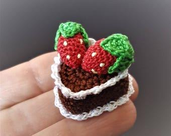 Mini crochet heart cake Pretend play food Pretend kitchen food Fake cake Mini chocolate cake Fake food Strawberry cake Childrens play cake