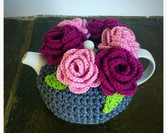 Flower crown teacosy - Housewarming - Tea lover - Kitchen Gift - Unique