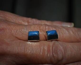Genuine Lapis Lazuli vintage stud earrings in sterling silver, handmade, stamped .925 EN on reverse side, blue gemstone stud earrings