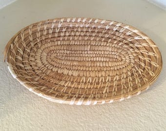 Vintage Native American Papago basket plate tray
