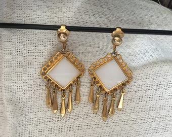 Celebrity White and Gold Drop/Dangle Earrings 1488