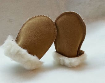 Baby leather mittens warm sheep wool