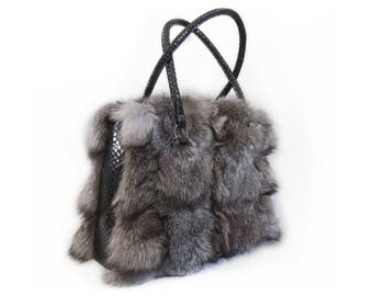 Fox Fur and Leather Shoulder Handbag F701