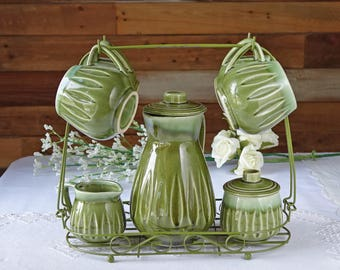 Vintage carrier tea set - Japan - Green metal carrier - 4 cups with teapot, creamer and sugar bowl
