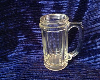 Small ribbed glass mug