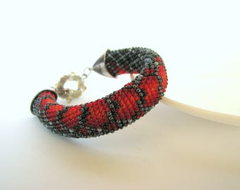 Rope bracelet Dragon pattern Snake pattern Bead Embroidery Crochet bracelet Beaded bracelet Christmas Gift Valentine's day Gift