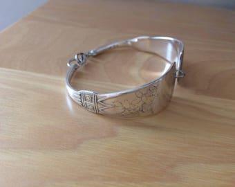 Parisian pattern spoon bracelet silver plated year 1887