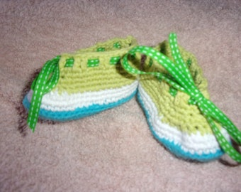 Recycled 100% cotton yarn crocheted baby shoes