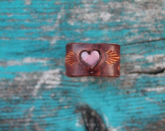Ring, Leather Heart Ring with Pink Rhodonite stone, Southwestern, Western, Boho Handmade Leather Ring Size 5 1/2