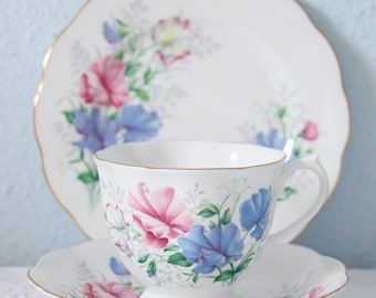 Lovely Vintage Royal Albert 'Sweet Pea' Tea Trio, Friendship Series, England