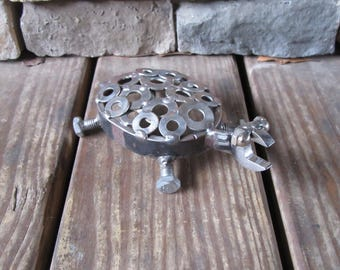 Metal Art Turtle-Wrench-Bolts-Washers-Snapping Turtle-Metal animals-Home Decor-Scrap Metal-Welded Art