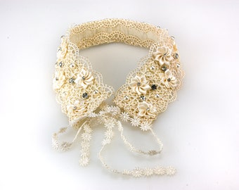 Ivory Lace and Flower Embellished Detachable Collar