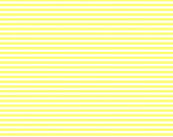 Thin Horizontal and Thin Vertical Lemon Lined Cardstock Paper