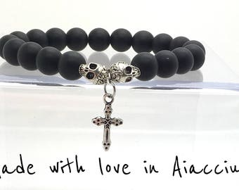 Mens bracelet black agate, skulls and cross beads. Very good quality