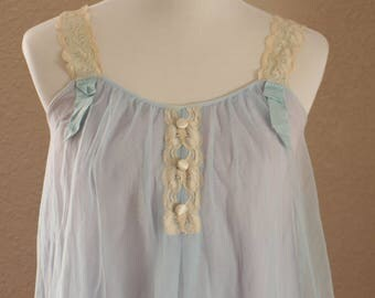Vintage 1950's Baby Blue Babydoll / Lingerie / Nightgown by Artsocraft
