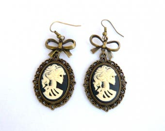 Vintage cameo skeleton black and bow earrings